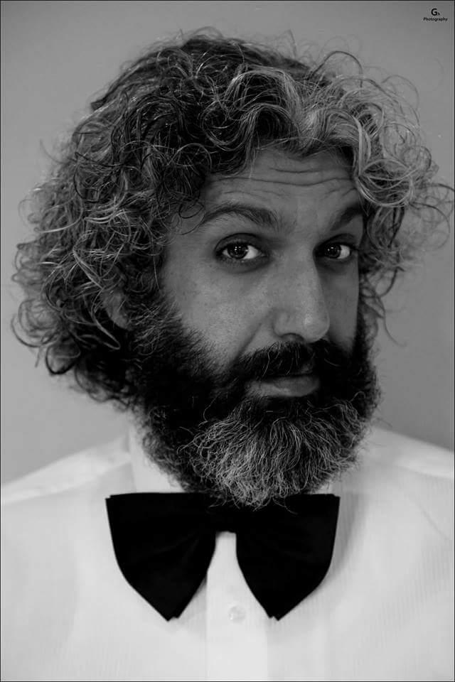 الممثل والمخرج سامر أبو ليلى