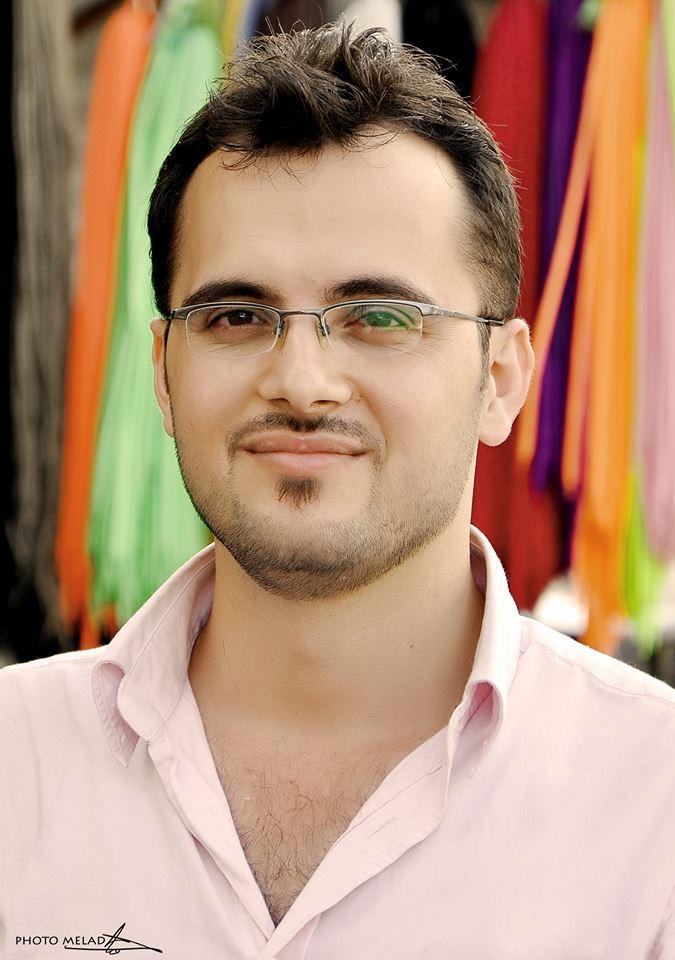 الكاتب سومر شحادة